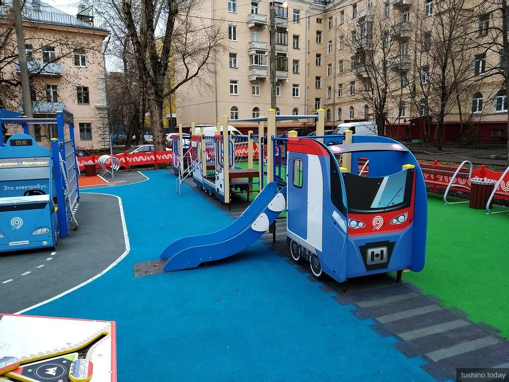 Детская площадка Московский транспорт